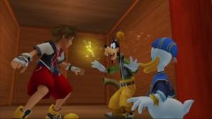 Sora, Donald et Dingo sont surpris par la fée Clochette au Pays Imaginaire dans KH Final Mix.